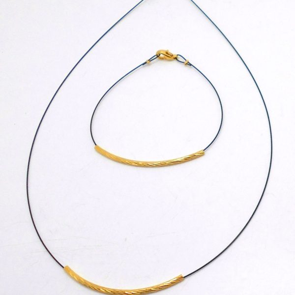 19KF19 - Necklace with Gold Plated Brass 19VF19 - Bracelet with Gold Plated Brass